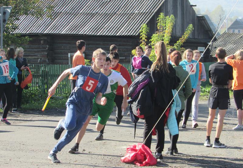В Мысках состоялась легкоатлетическая эстафета, посвященная памяти Михаила Куюкова