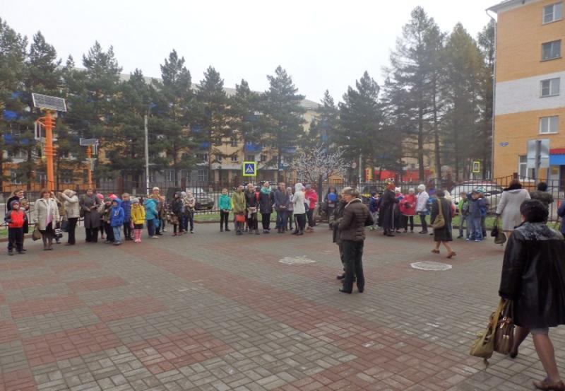 В Центре дополнительного образования прошла учебная эвакуация
