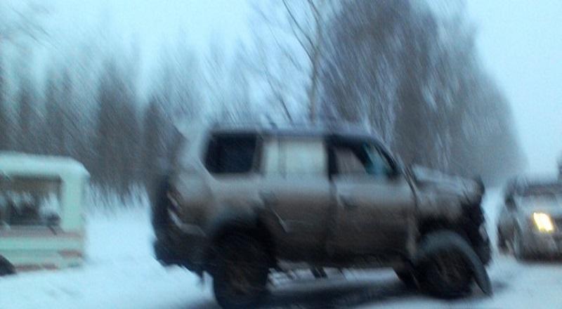 ДТП с участием автобуса, джипа и легковушки произошло в Мысках