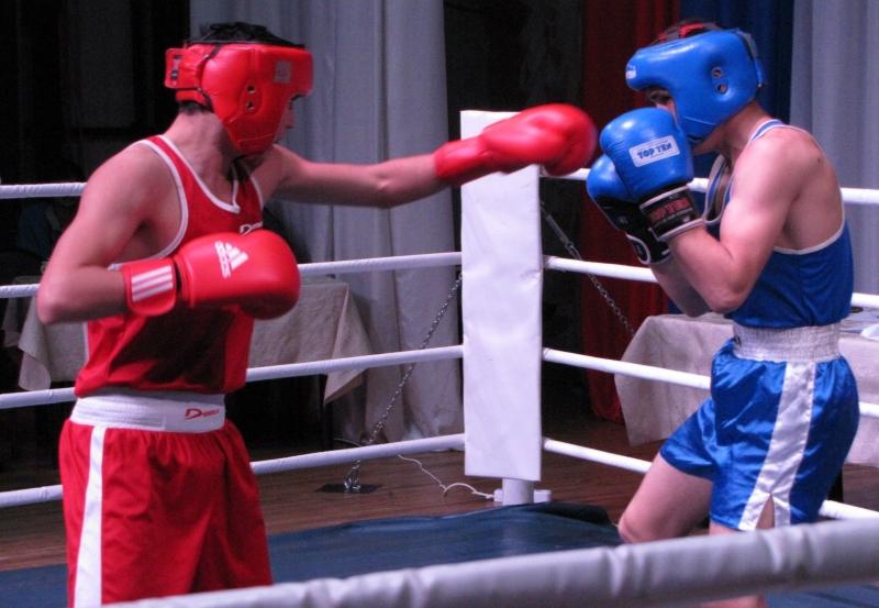 В Мысках состоялся областной турнир по боксу