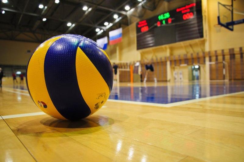 В ФОК «Романтика» состоялся городской турнир по волейболу
