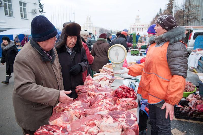 Аман Тулеев поставил задачу аграриям к 2020 году обеспечить Кузбасс мясом на 100%