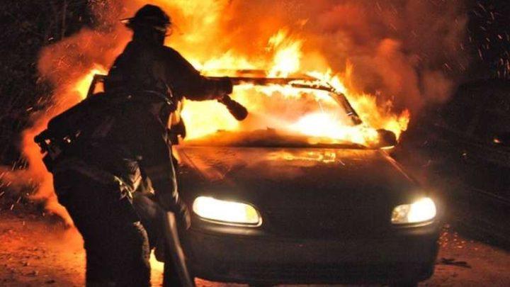 Ночью в Кузбассе сгорели BMW и полтонны картофеля в прицепе грузовика