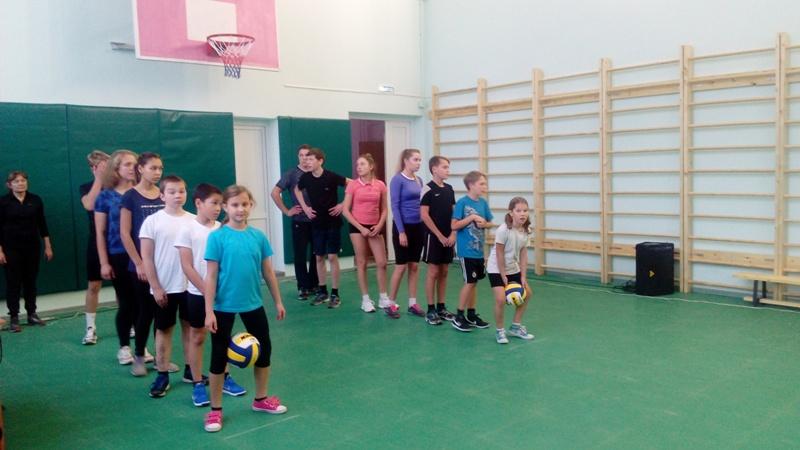 В МБОУ «СОШ №12» после реконструкции торжественно открылся спортивный зал