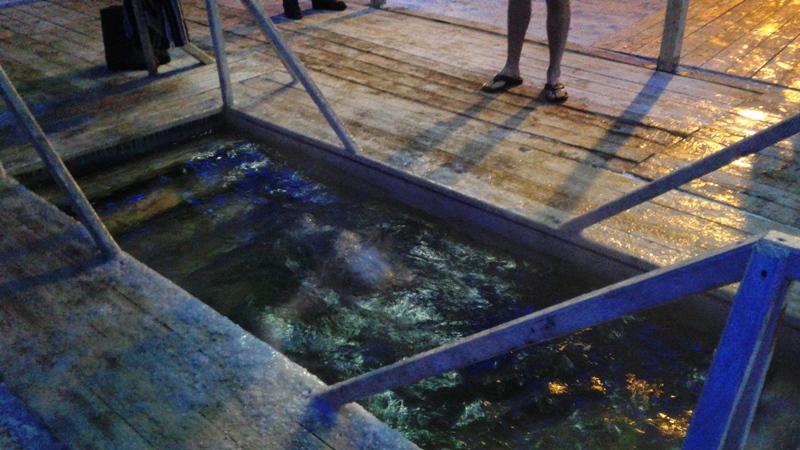 Крещенские купания в Мысках