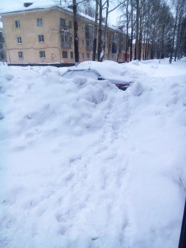 Механизированная уборка снега с кровли