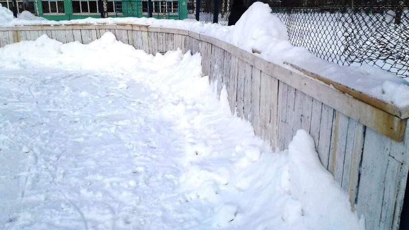 Мысковчане возмущены состоянием ледовых площадок