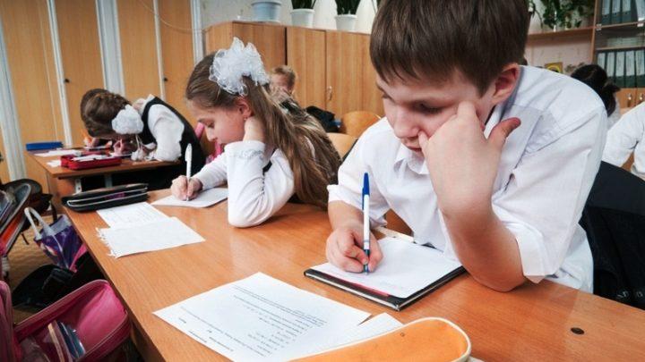 Вашего ребенка плохо кормят в школе или садике? Звоните! В Мысках открыта горячая линия
