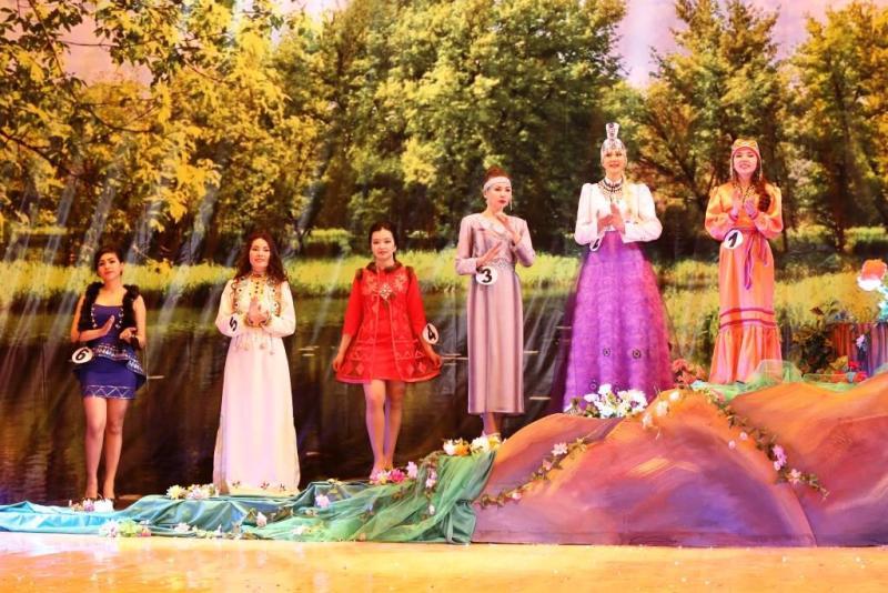 Мысковчанка Анна Адыякова стала призером в конкурсе «Краса Шории -2017»