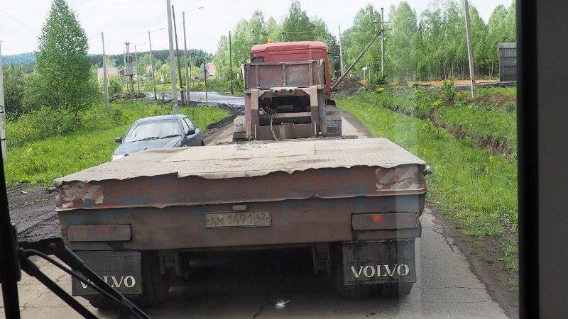 В Кузбассе вводят ограничения в движении большегрузного транспорта из-за жары