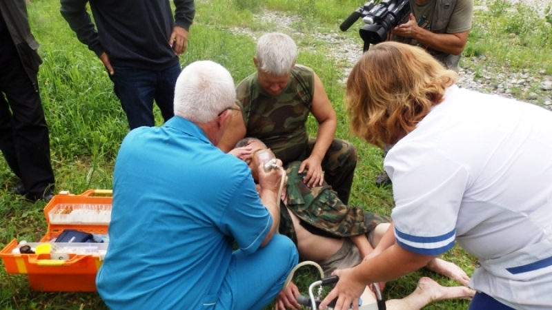 Практическая тренировка по спасению утопающих прошла в Мысках