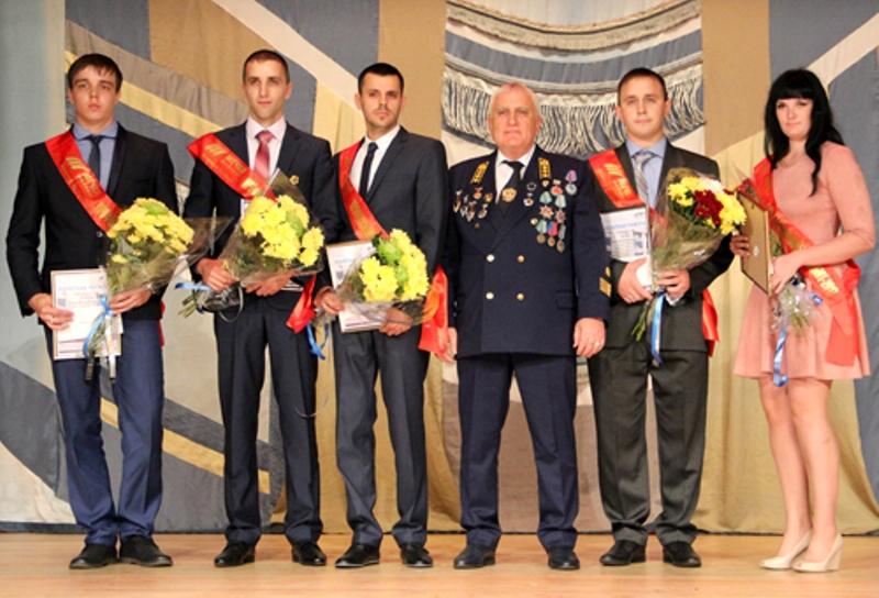 411 работников «Южного Кузбасса» получили награды за многолетний добросовестный труд