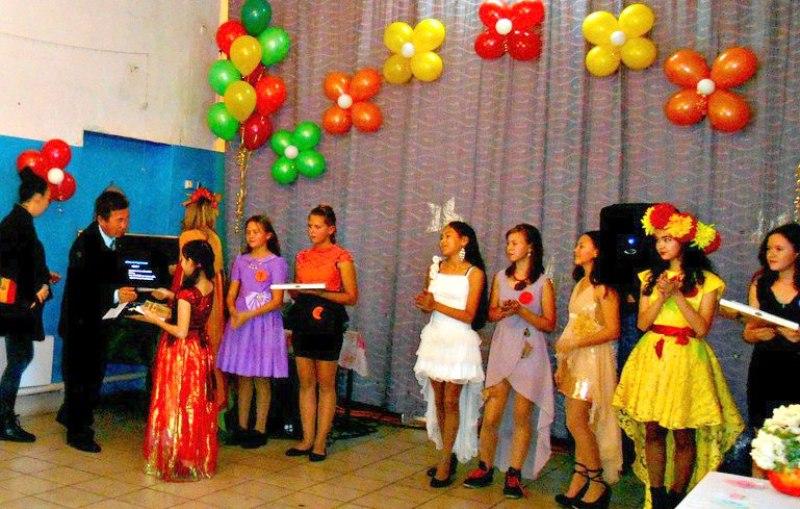 В Мысках состоялся конкурс среди девочек «Мисс-осень 2017»