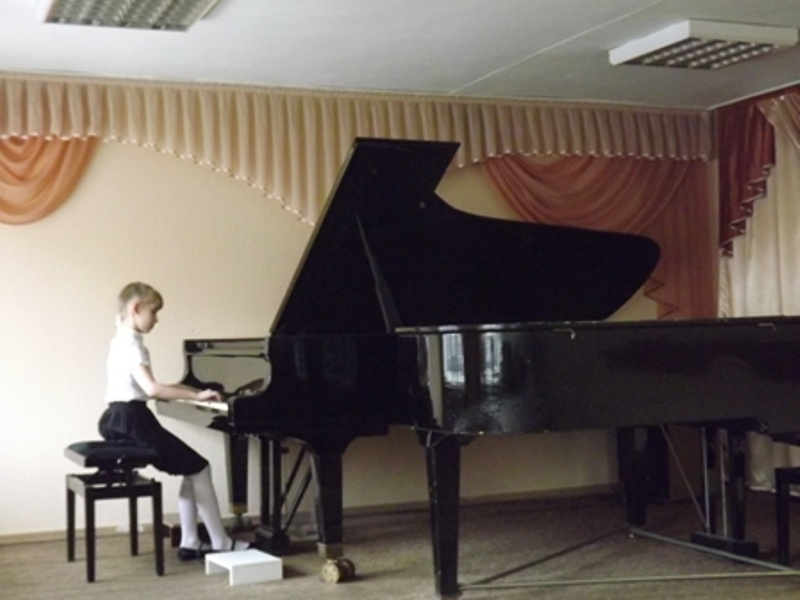 Мысковчанка Софья Галкина стала победителем XII конкурса юных пианистов «Звонкие струны»