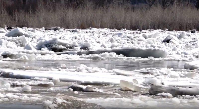 После ликвидации затора вода в реке Томь снизилась на 2,5 метра