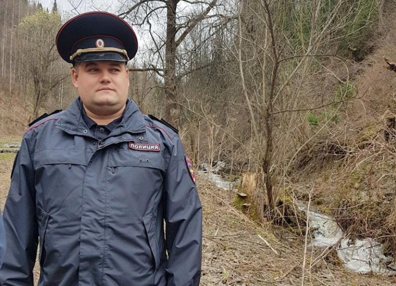 В Мысках полицейский и охотник нашли заблудившихся в тайге собирательниц черемши