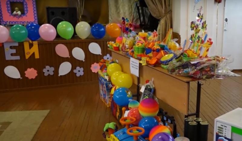 Угольщики и представители профсоюзных организаций Кузбасса посетили психоневрологический интернат в Мысках