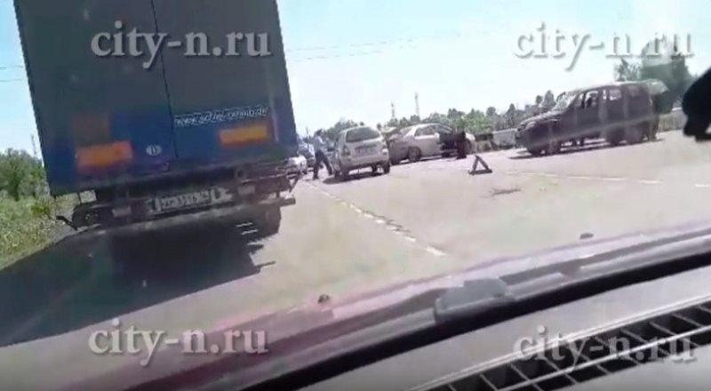 Под Мысками произошло ДТП с участием 5 автомобилей, 9 пострадавших