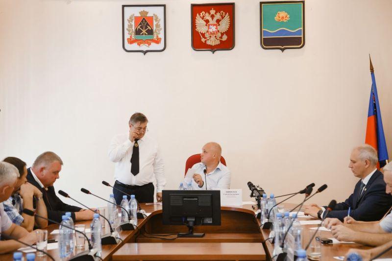 Врио Губернатора Кузбасса Сергей Цивилев обсудил острые проблемы экологии с жителями Мысков