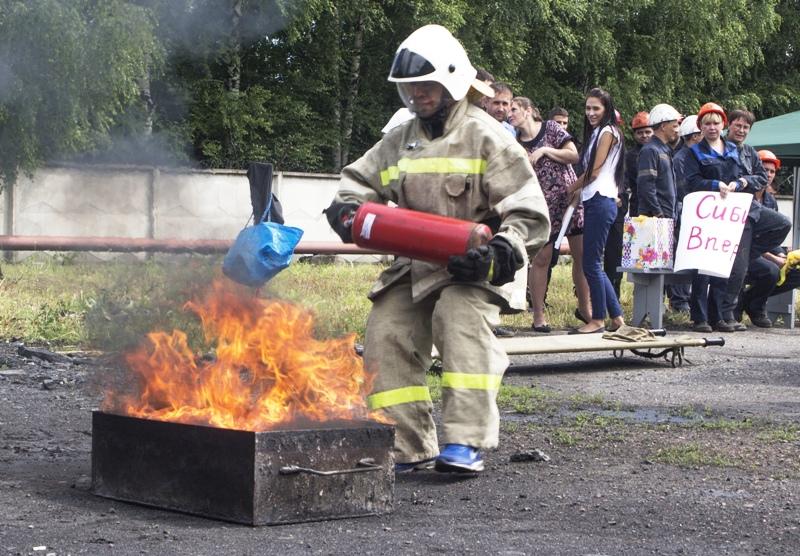 На ЦОФ «Сибирь» прошла пожарно-прикладная эстафета среди работников ОАО «Южный Кузбасс»