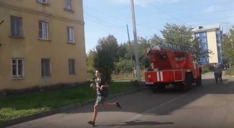 В поселке Ключевой произошло возгорание чердачного помещения