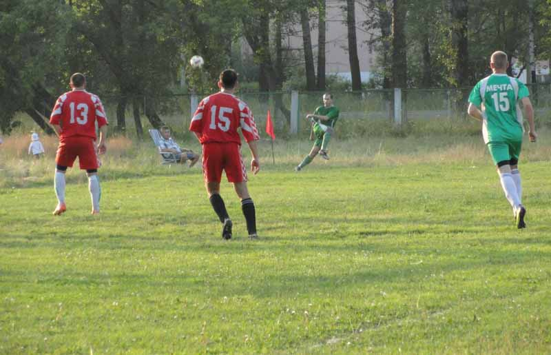 Мысковчан приглашают на игры Чемпионата города Мыски по футболу
