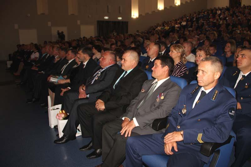 Работники «Южного Кузбасса» в День шахтера получили награды за многолетний и добросовестный труд