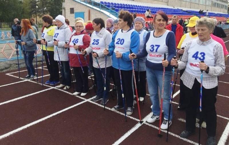 На СК «Энергетик» прошла III летняя Спартакиада ветеранов труда и спорта