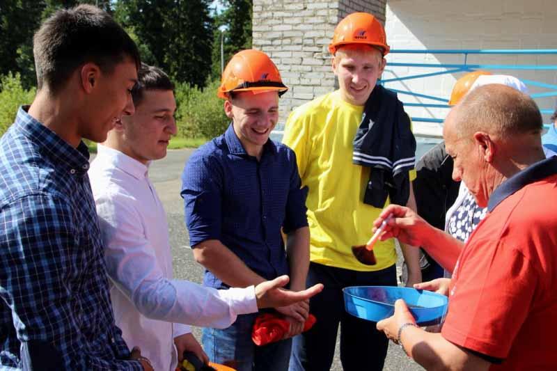 В угольной компании «Южный Кузбасс» прошло традиционное посвящение в молодые специалисты и рабочие