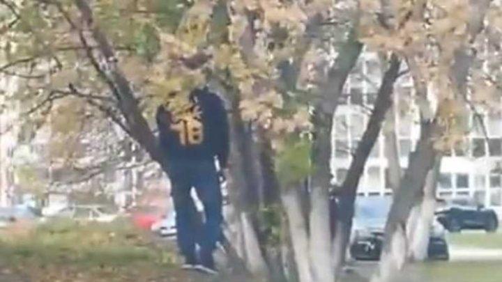 В Кемерово обнаружен повешенный на дереве подросток