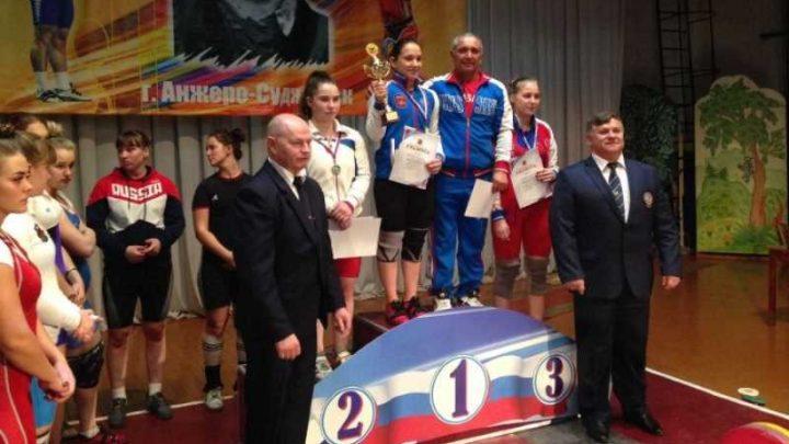 Спортсмены из Мысков заняли призовые места на первенстве Кемеровской области по тяжелой атлетике