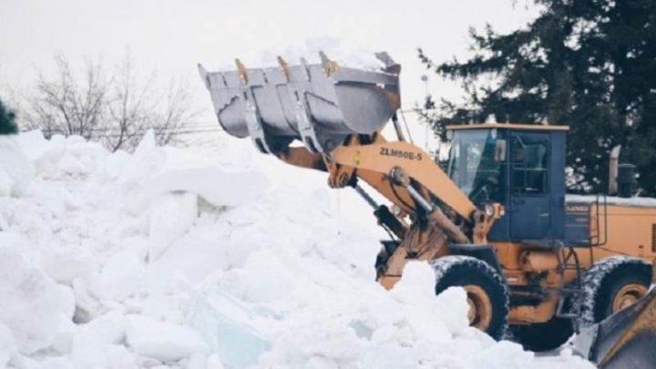 Администрация Мысков обращается к родителям с просьбой исключить пребывание детей на городских площадях в период строительства снежных городков