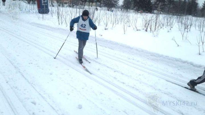 У жителей Мысков все большую популярность набирают пункты проката лыжного снаряжения