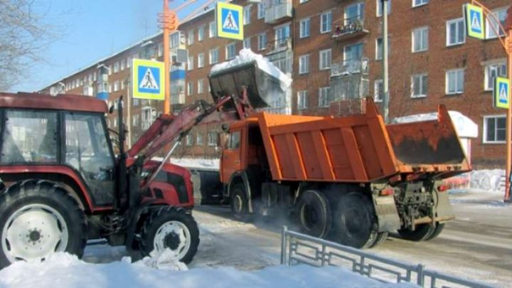 В Мысках продолжается вывоз снега с улиц и мест отдыха граждан