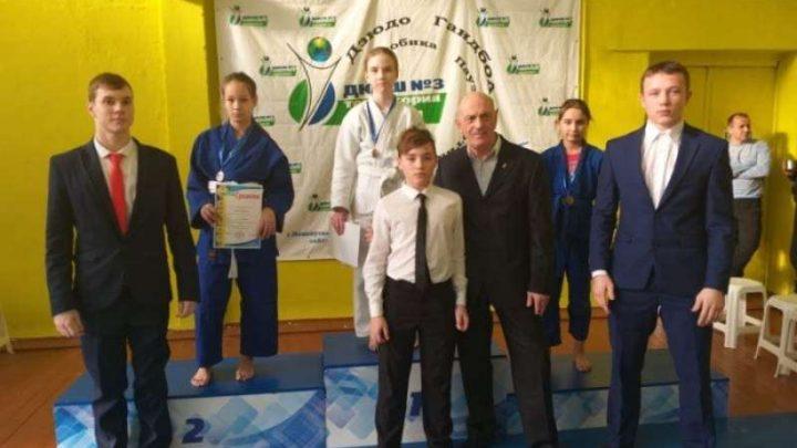 Юные мысковские дзюдоисты успешно выступили на Открытом первенстве города Новокузнецка
