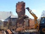 Решено. В Мысках городские службы ликвидируют потенциально опасные разрушенные здания