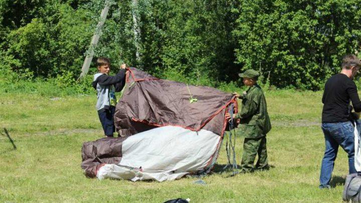 Военно-полевой лагерь для детей «Гвардеец» начал свою работу в Мысках