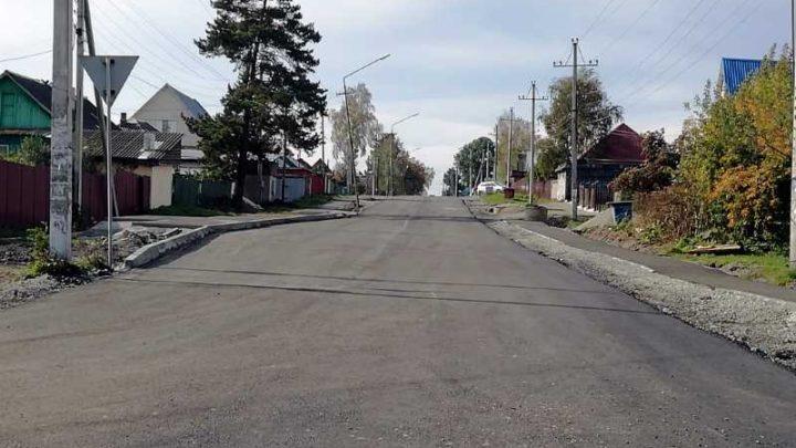 В Мысках продолжаются работы по благоустройству улицы Первомайская