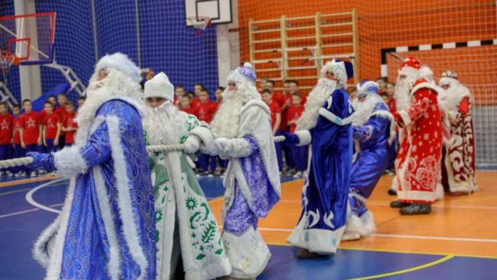 Соок Апший (Шорский Дед Мороз) принял участие в спортивных состязаниях с кадетами Кемеровского президентского кадетского училища