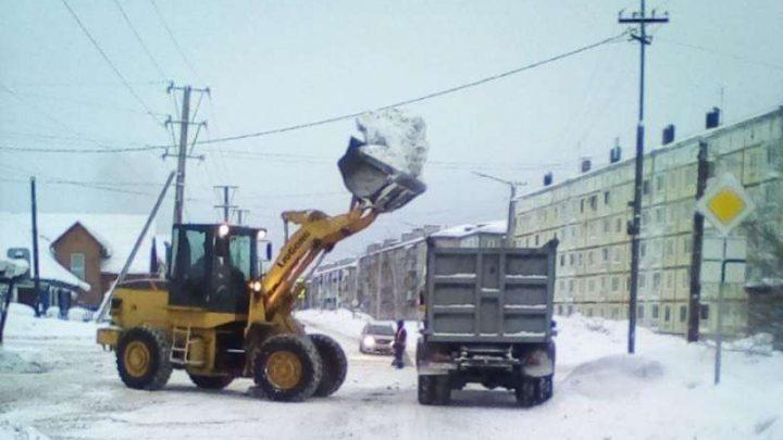 В Мысках с улиц и дворов вывезено более 32 тысяч кубометров снега
