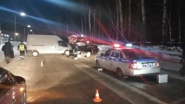 В Мысках произошло смертельное ДТП с участием ВАЗа и Ford Transit