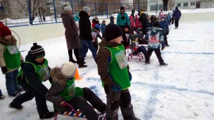 Мысковские дошкольники приняли участие в соревнованиях «Быстрые санки»