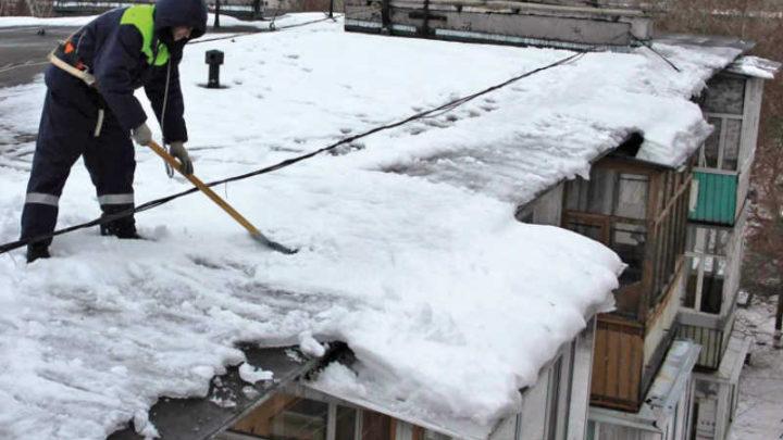 Сергей Цивилев: Главы территорий должны лично проверять очистку кровель, улиц и тротуаров от снега