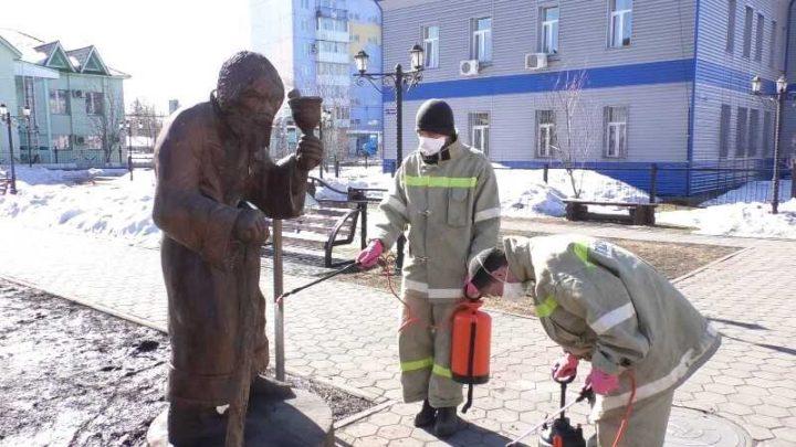 В Мысках началась дезинфекция общественных пространств от коронавирусной инфекции