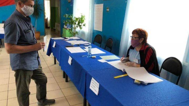 В Мысках для голосования по поправкам в Конституцию Российской Федерации открылись все 25 избирательных участков